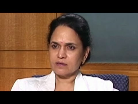 How ovarian cysts are diagnosed and treated