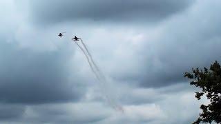 F-16 meets  Apache helicopter @ Gilze-Rijen