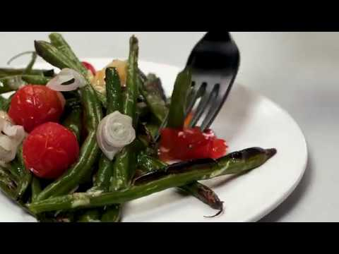 Garlicky Blistered Green Beans and Tomatoes | Cooking Light