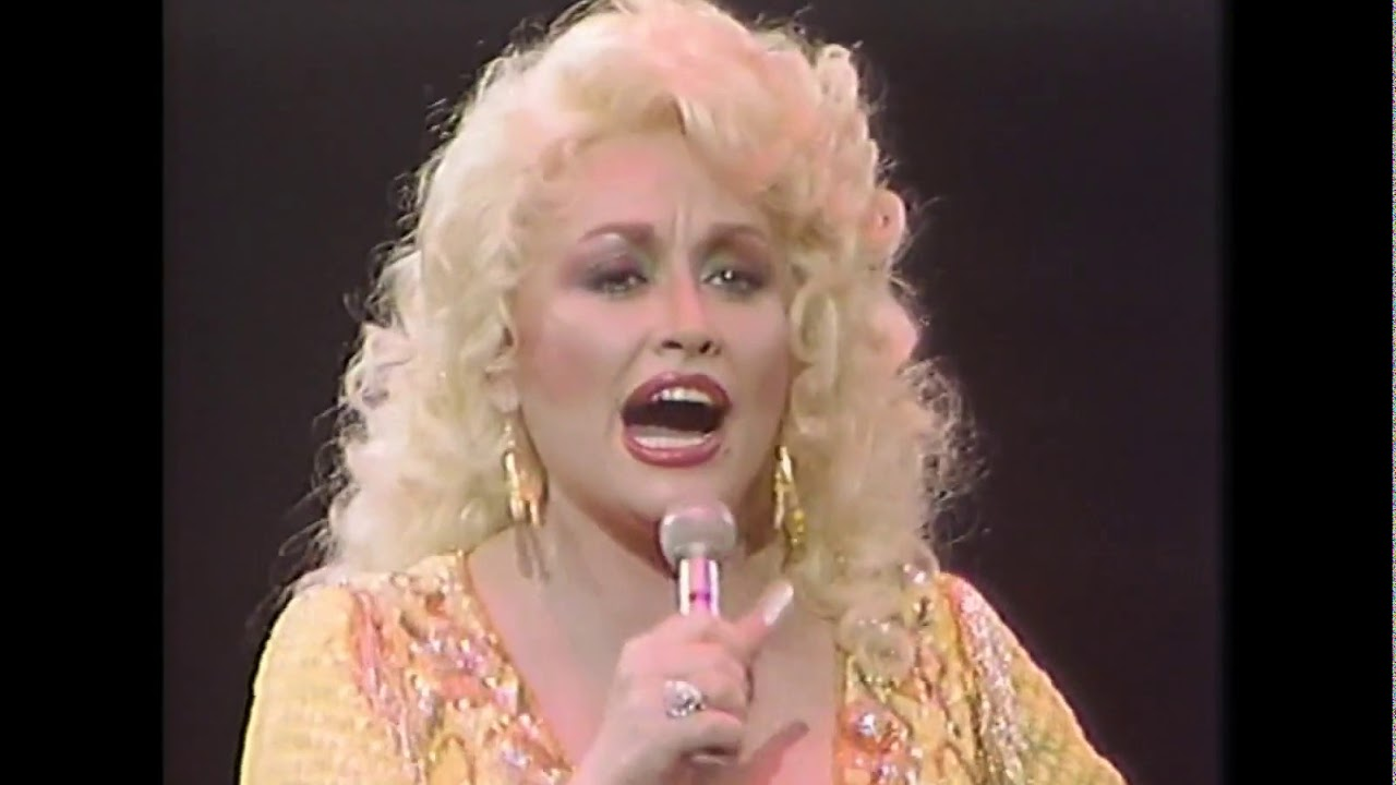 Dolly Parton Two Doors Down Live 1985