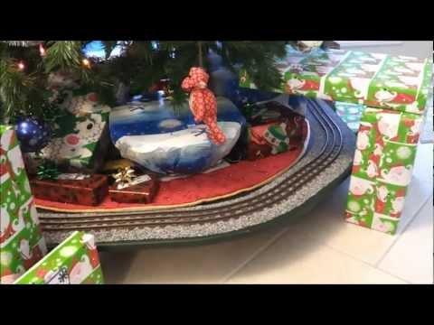 O-Gauge Christmas Tree Layout 2012