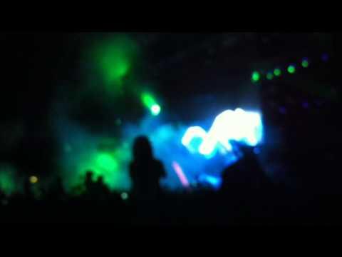 Avicii Fade Into Darkness/You got the love O2 Arena Dublin HD