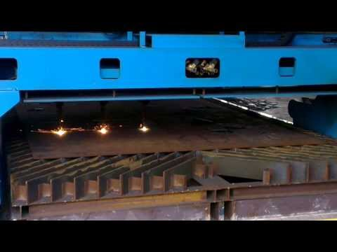 Steel Plates Cutting Machine