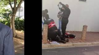 صور| محاولة اغتيال يوسف أحمد ديدات.. ونقله للمستشفى في حالة حرجة