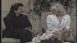 YANNI - Evening Magazine KING 5 TV Seattle 1990 (Linda Evans & Yanni)