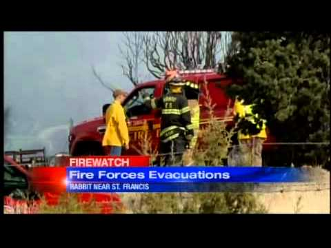 Grass fire forces Santa Fe neighborhood evacuations