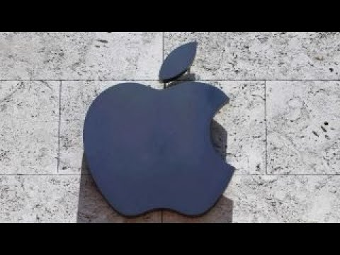 Why investors should steer clear of Apple stock