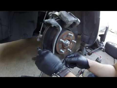 2016+ Honda HR-V Brake Pad Replacement