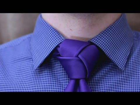 How to tie a tie - Trinity Knot  (Made Simple)