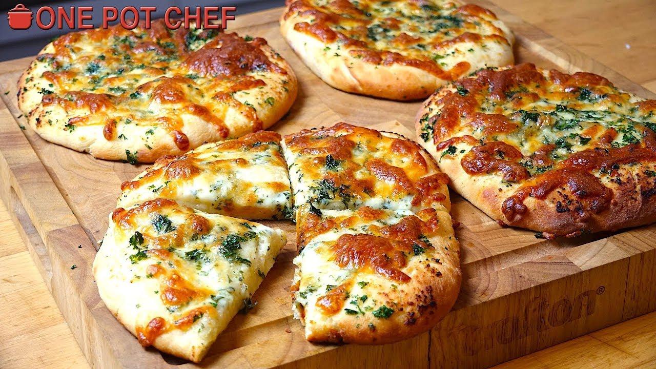 Cheesy Garlic Bread Mini Pizzas   One Pot Chef