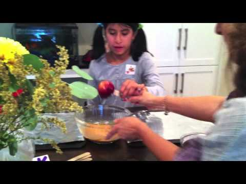 How To Make Gluten And Nut Free Caramel Apples With Nada Bits