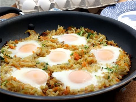 How to Make Egg and Hash Brown Skillet