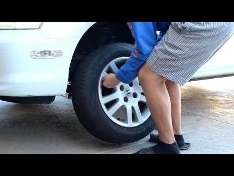 How To Change Manual Transmission Fluid For 2002-2005 Honda Civic Si