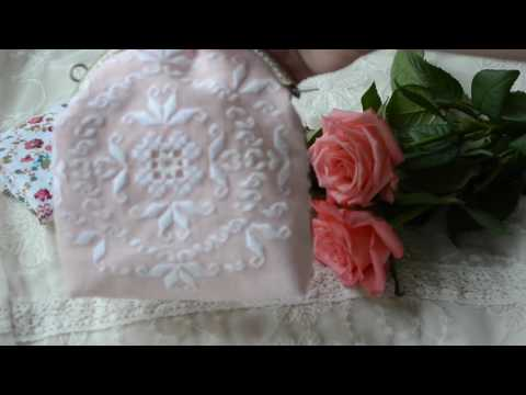 Flower brooch and a purse for my secrets)
