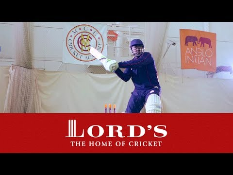 Cricket Bats - Tips & Advice For Buyers | Lord's Buyers Guide