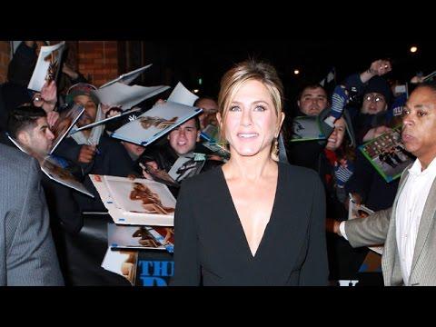 Jennifer Aniston Glowing At Jon Stewart