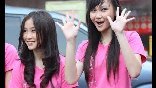 Michelle dan Andela adalah member JKT48 dari Team T JKT48 yang berhasil masuk single ke-9 JKT48 yang berjudul Pareo adalah Emarld