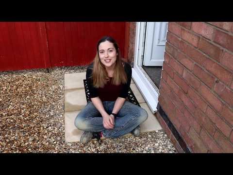 Laying Front Door Patio Slabs DIY | The Carpenter's Daughter