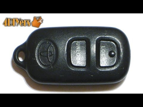 DIY: Toyota Keyless Remote Battery Replacement & Disassembly