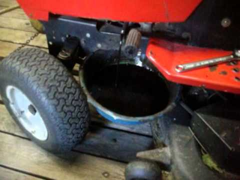 Chainging The MTD Garden Tractor Oil