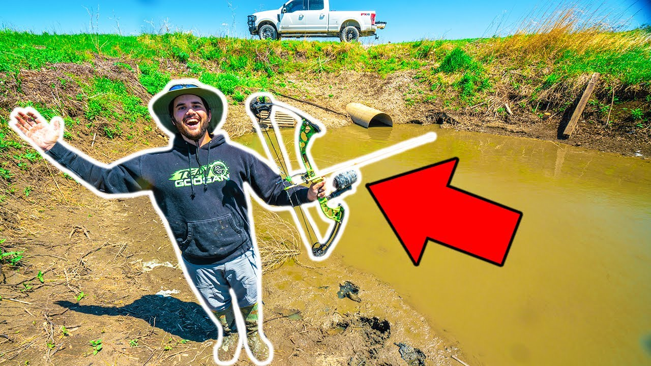 Bow Fishing NASTY SEWER for BIG FISH!!! (CATCH CLEAN COOK) - 2 Fish 1 Shot
