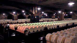 Quesos Franceses. Visita a las Cuevas Roquefort Société. Gastronomía / degustación / cata