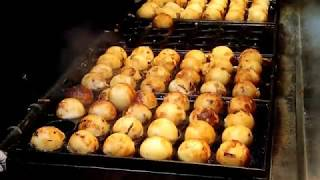 Download 부산 남포동야시장 거리음식 타코야끼 / Korean Street Food Busan Night Market/ Taco yaki/ 韓国釜山 夜市街料理 たこ焼き Video