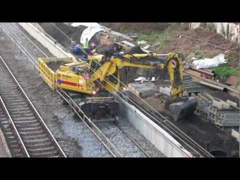 Gare d'Etterbeek : travaux et son défilé de trains