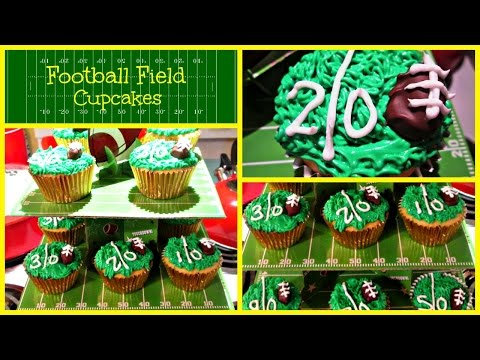 Football Field Cupcakes | Perfect For Superbowl Sunday!