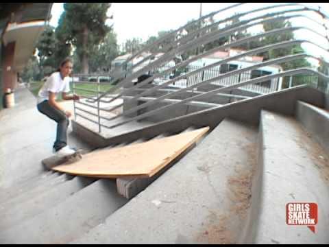 Girls Skate Montage (2004)