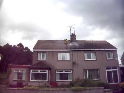 Scot Tech - Removing Moss, Lichen & Dirt from roof