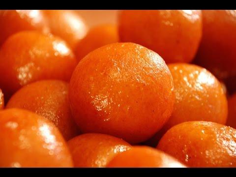 How to make gulab jamun with mawa / khoya in hindi | indian dessert recipes / गुलाब जामुन की विधि