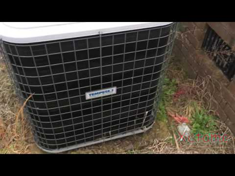 HVAC QUICK CLIPS :  4 Ton Tempstar/Carrier Heat Pump Condenser Running in Heat Mode