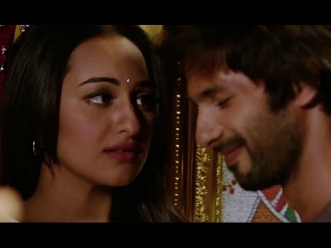 Xxx Mp4 Sonakshi Is Head Over Heels For Shahid R Rajkumar 3gp Sex