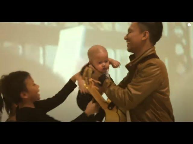 Download Faizal Tahir - Sayang (Official Music Video) MP3 Gratis