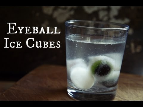 How to Make Halloween Eyeball Ice Cubes - Whatcha Eating? #110