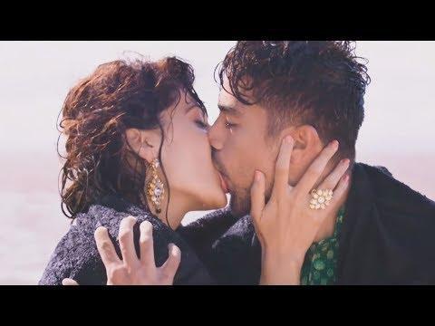 Xxx Mp4 Taapse Pannu Hot Kissing Scene In Dil Juunglee 4K Ultra HD 3gp Sex