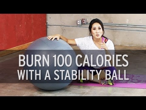 Full Body Workout: How to Burn 100 Calories Using a Stability Ball
