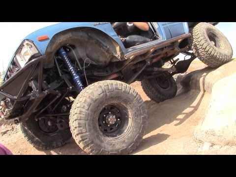 New Trail Gear 3 link front suspension kit on Toyota crawler project