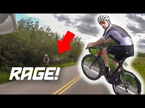 CYCLIST THROWS WATER BOTTLE AT BIKER