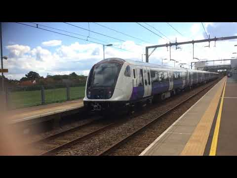 Trains and Planes at: Southend Airport, CVL, 9/9/17 (Ft. 345011)
