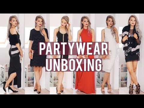 11365801794 ASOS Christmas Partywear Unboxing ad