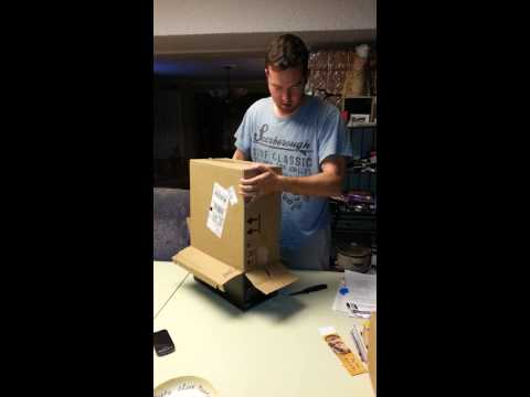 Xbox One delivery package opening