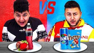😛  Blaues Essen vs. Rotes Essen Challenge   Can Wick