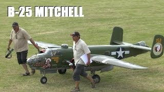 GIANT 1/3RD SCALE RC WARBIRD: B-25 MITCHELL BOMBER AT WESTON PARK MODEL AIRSHOW 2014