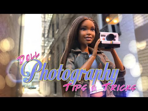The Frog Vlog: Doll Cell Phone Photography Tips & Tricks | Low Light Photo Shoot in the City