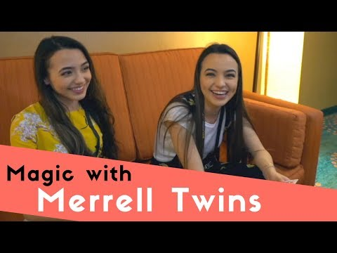 Magic with Merrell Twins at Playlist Live!