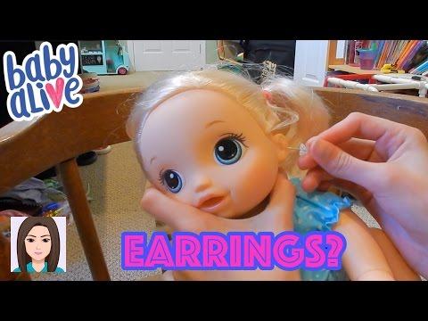 Baby Alives Get Their Ears Pierced!