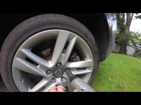 Removing a stuck wheel