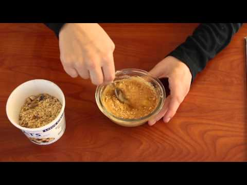 2 Minute (microwave) Oatmeal Muffin